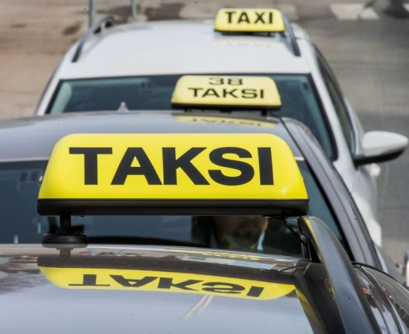 Kelan korvaamien taksimatkojen tilaaminen muuttuu